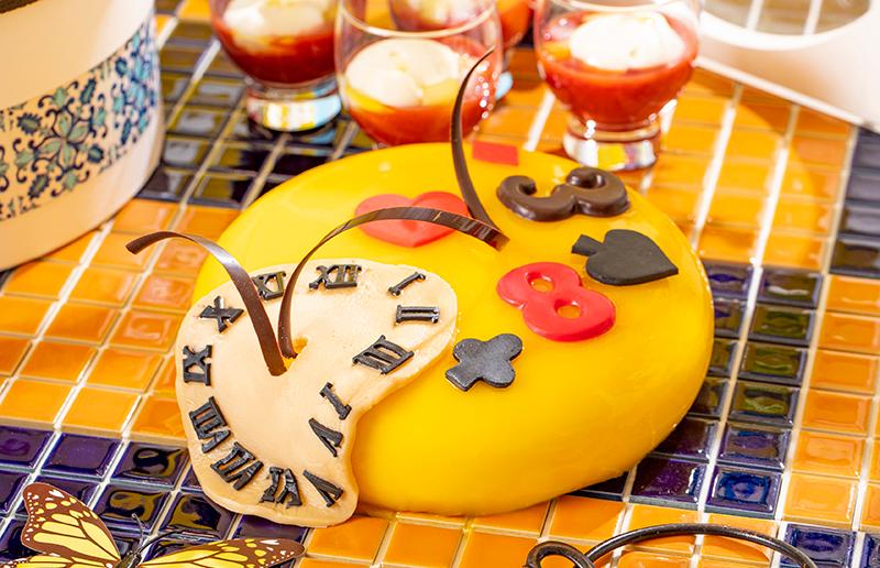 いたずらなクレイジー時計のケーキ