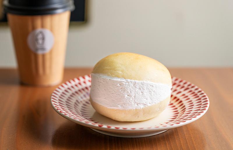 大名ソフトクリーム マークイズ福岡ももち店